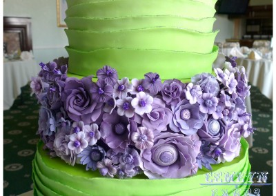 Purple flower tier