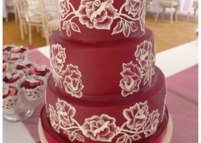 Brush icing wedding cake